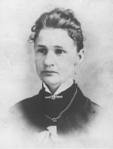 Susanna Madora Salter. Primera alcaldesa de la que se tiene constancia. Gobernó la ciudad de Argonia, Kansas, EE.UU. en 1887. (Wikimedia Commons)